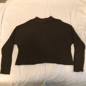 American Eagle Cropped Mock Neck Sweater Size M